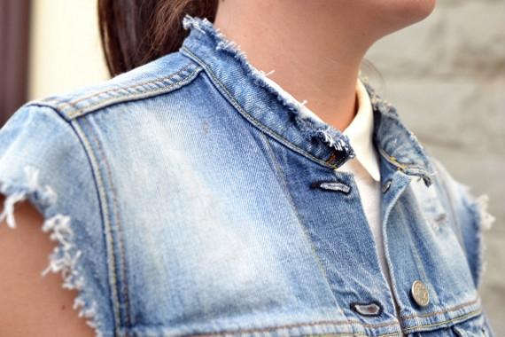 Как из джинсовой куртки сделать жилетку своими руками