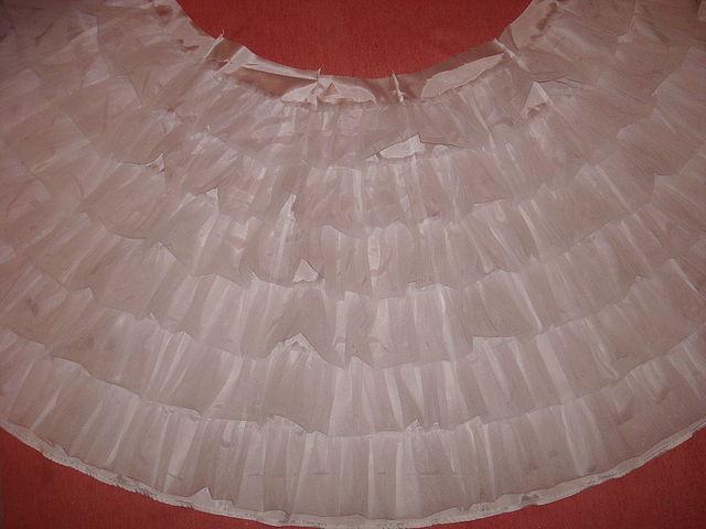 Подъюбник из сетки для пышной юбки купить